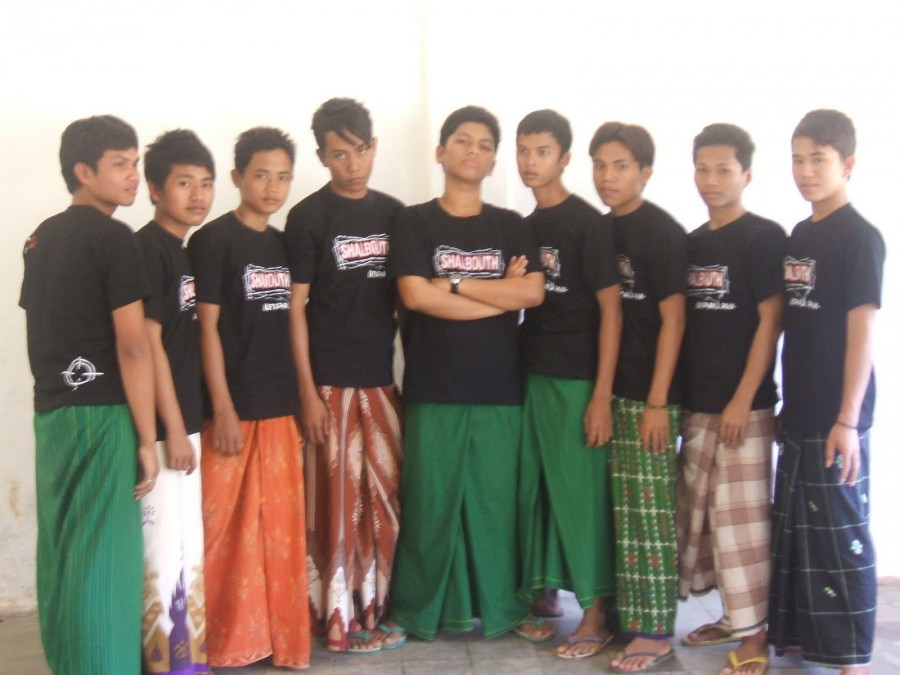 Sarung youth