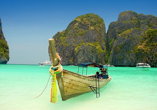 Indah Pangkamuran beach