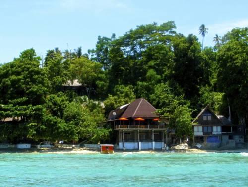 Bunaken Chaca Nature resort